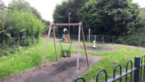 6 Sign Missing Warres Road Under 5 Play Area.